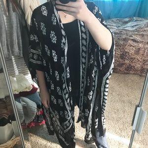 Black and White Printed Kimono
